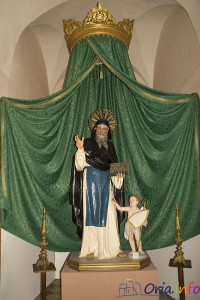 Statua di San Barsanofio Abate protettore di Oria