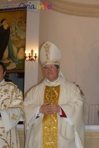 Foto dell'ingresso di mons. Vincenzo Pisanello, nuovo Vescovo della Diocesi di Oria