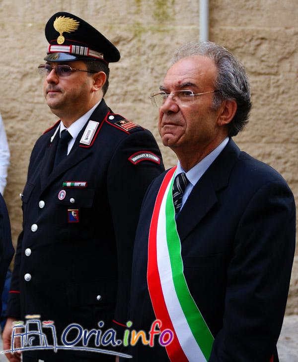 Il Sindaco Pomarico e il comandate dei Carabinieri di Oria