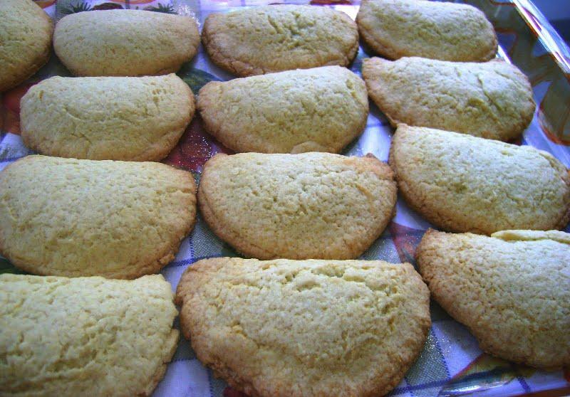 Super ▷ Ricette di Oria: biscotti ripieni di marmellata, i Bocconotti  SF27