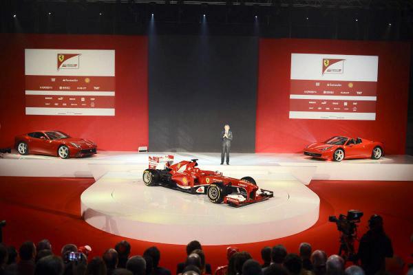 Ferrari-F138-stradale