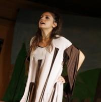 Debora D'Amico interpreta la Cenciosa