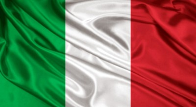 Unica bandiera ammessa alla manifestazione sarà il tricolore italiano
