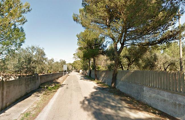 La strada in oggetto, in una foto di repertorio di alcuni anni fa tratta da Google Street View