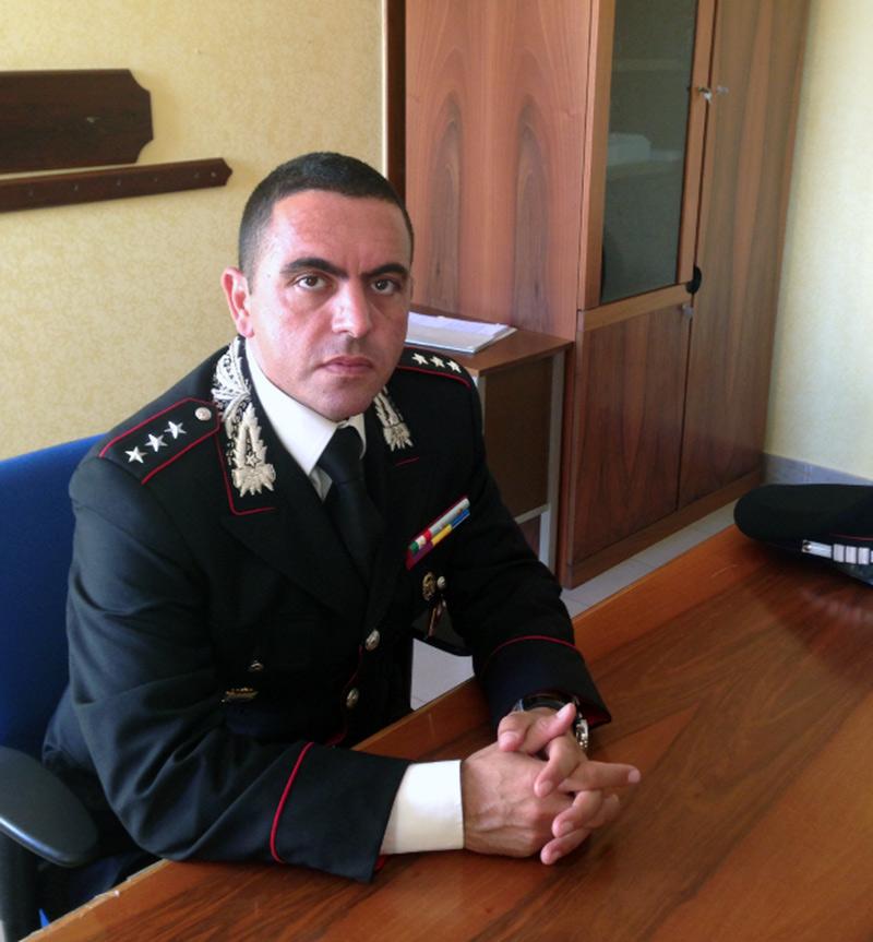 Il capitano Nicola Maggio, già Medaglia d'Oro al Valor Civile