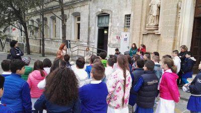 """Gli alunni della scuola primaria """"De Amicis"""""""